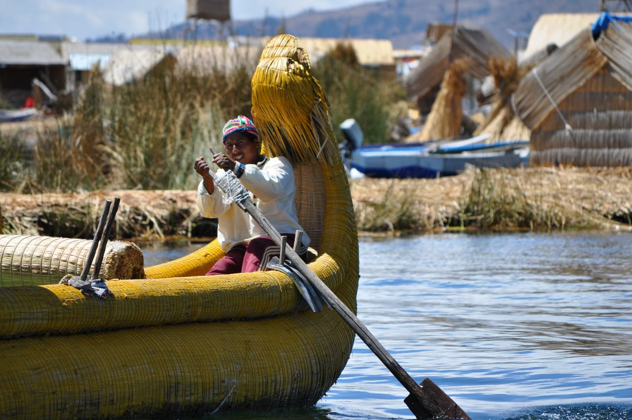 Uros islands boat